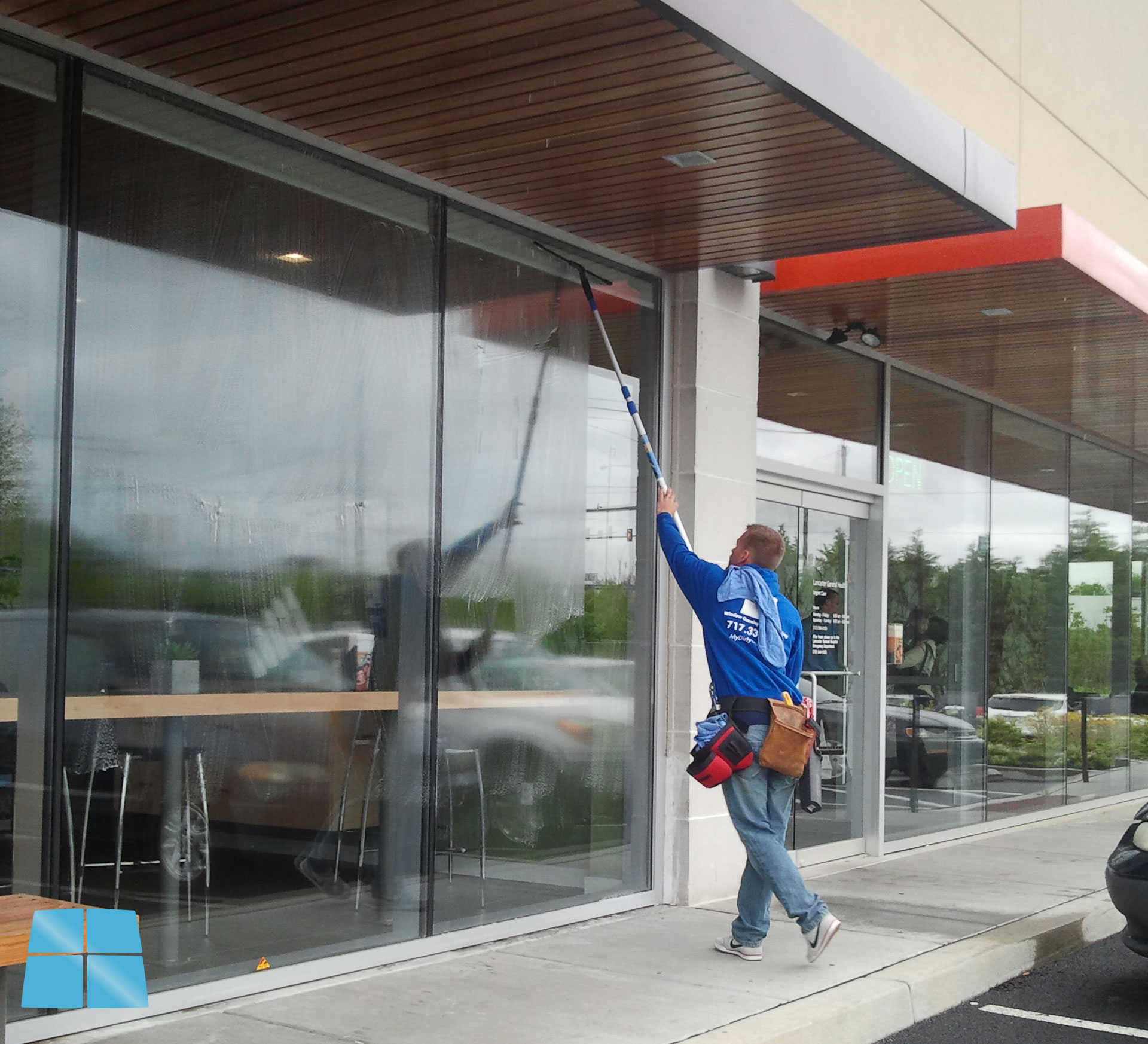 Commercial window cleaning window cleaning power for Window washing